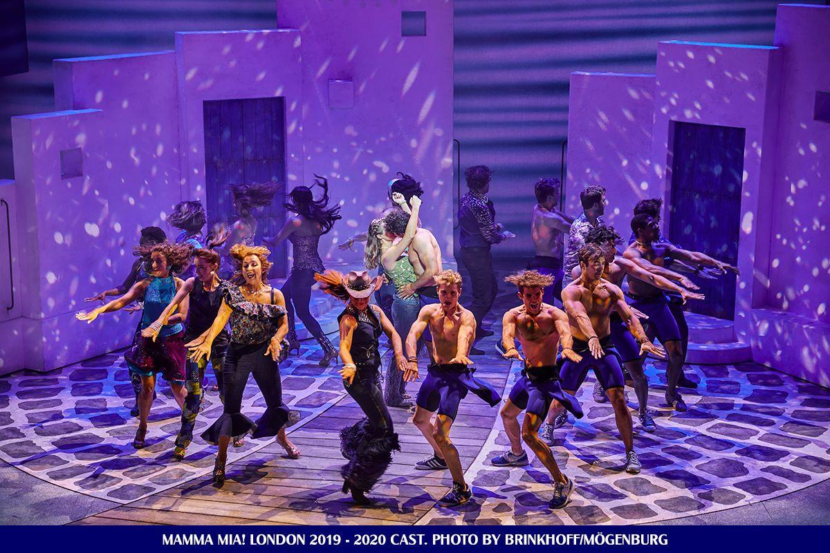 Mamma Mia London 2019 2020 Cast Mamma Mia Musical Movies Musical Theatre