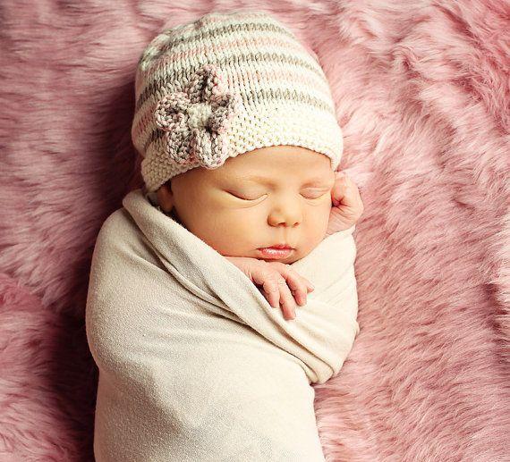 Bebé sombrero que hace punto patrones pdf descargar por LoveFibres ...