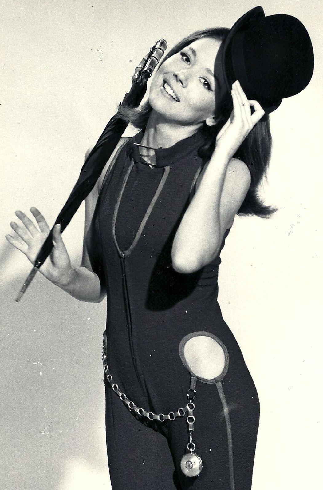 Smriti Irani 1998,Julee Cerda Hot clip Katherine Woodville (actress),Patricia Clarkson