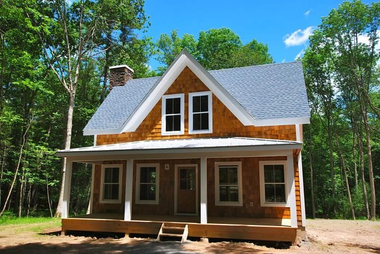Cottage 39 2 Bedroom 1 5 Bath 1300 Sq Ft Cottage With A Mega Deck On 5 Acres Comes With A Possible Finis Farmhouse Plans Cottage Homes Cottage Style Homes