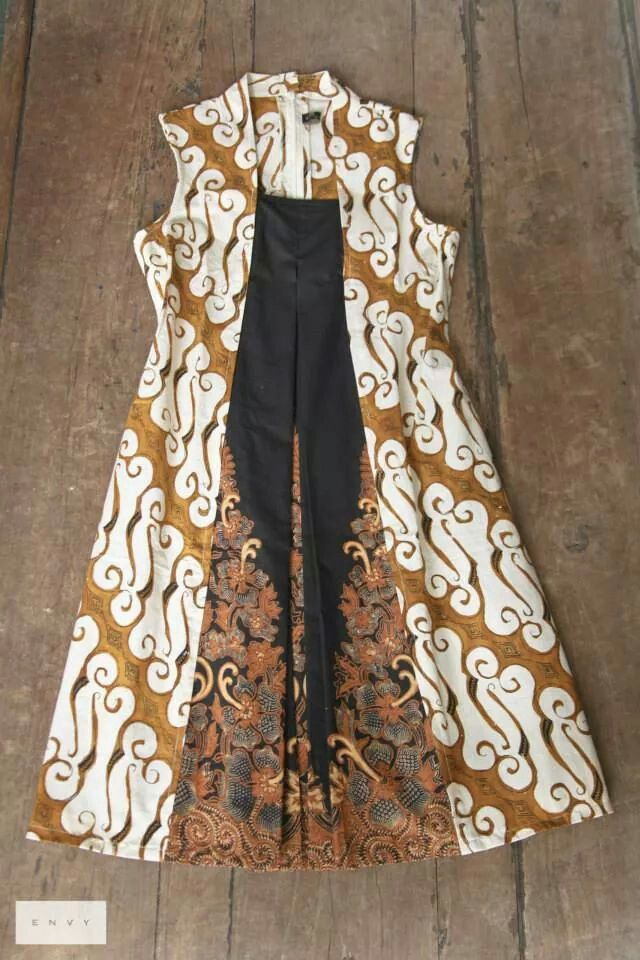 Midi Dress Batik Ini Mirip Banget Dengan Motif Batik Dewaraja