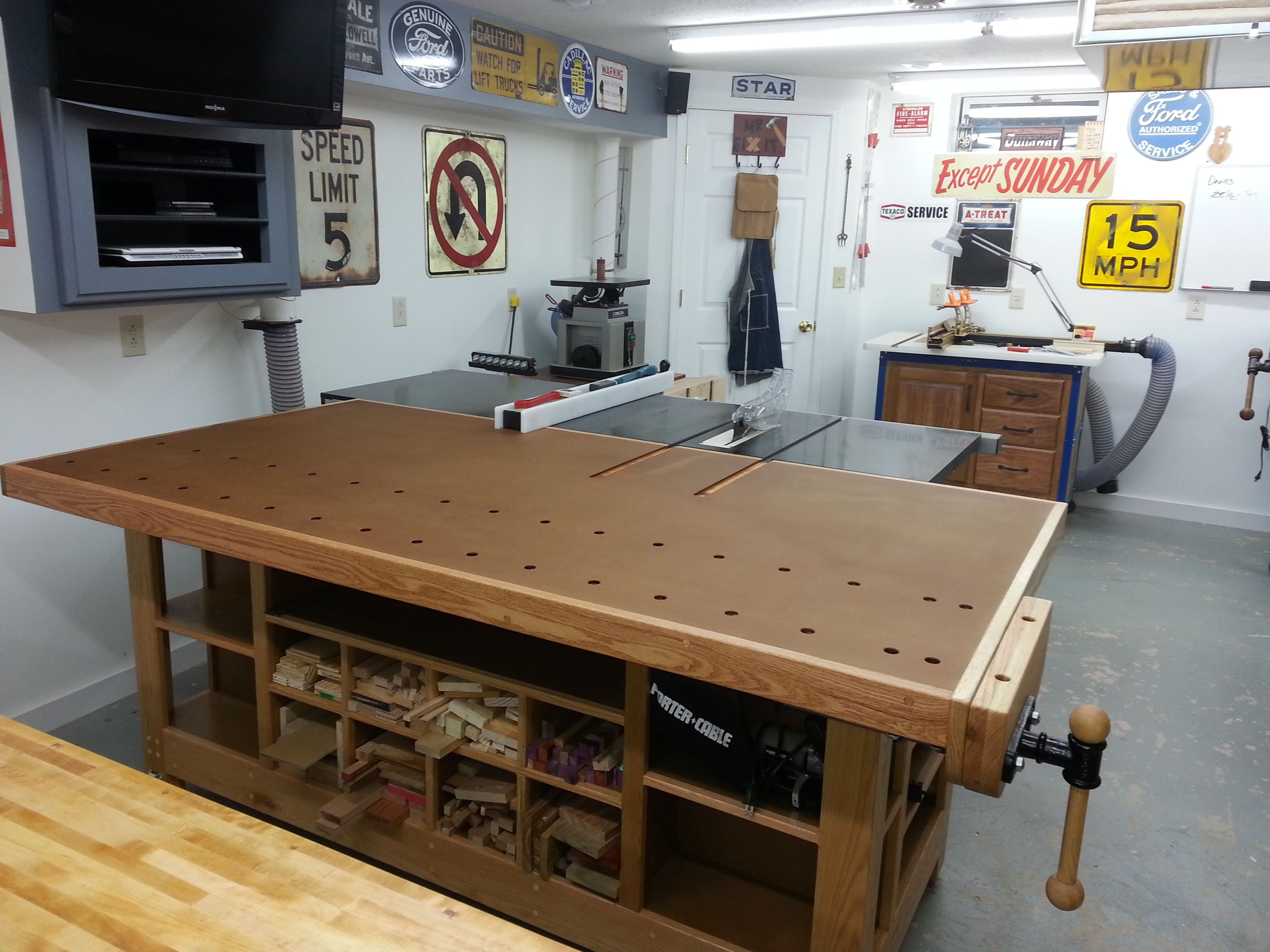 Woodworking Table Ideas Outfeed Table Workbench Google Search Woodshop Wood