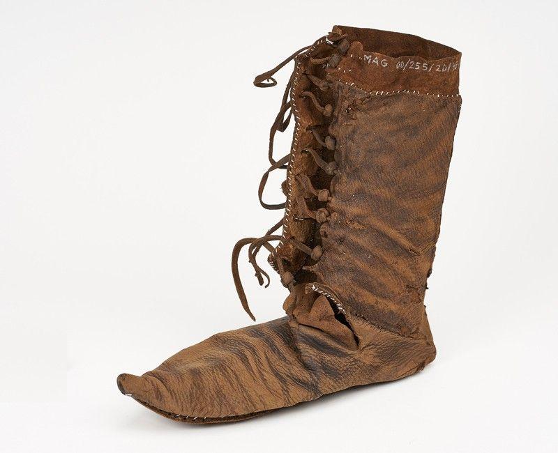 Pin En Medieval Shoes Pattens