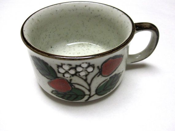 Vintage Soup Cup Coffee Mug Wild Strawberry Stoneware Speckled Brown