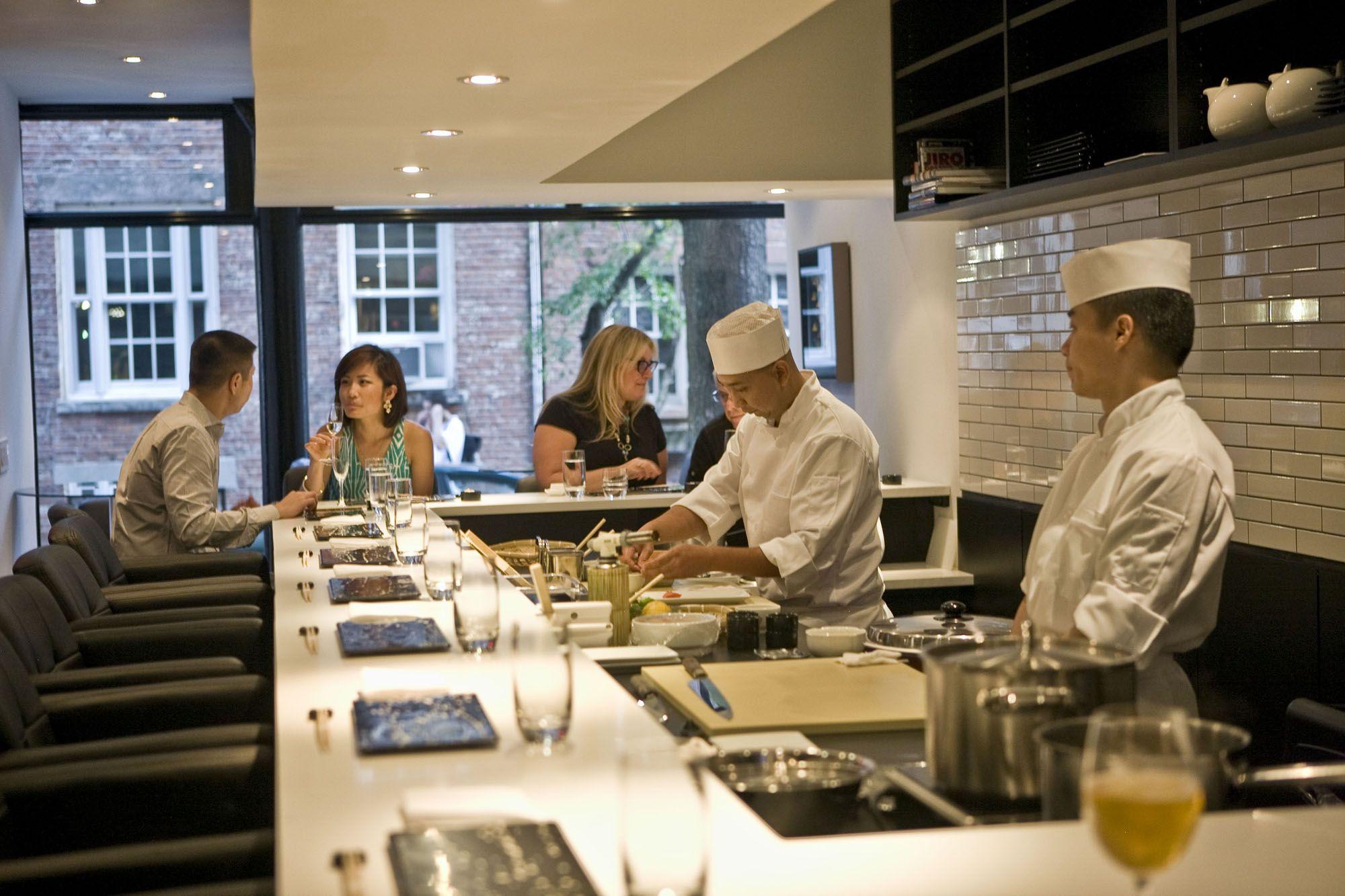 Sushi Nakazawa Is A Raw Delight Nyc Restaurants Sushi Restaurant New York