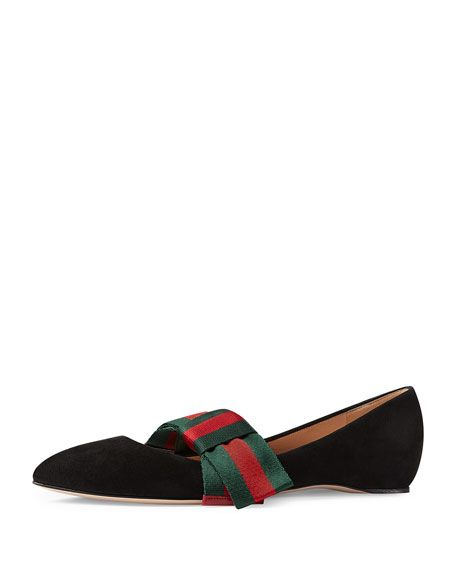 GUCCI Bow-Embellished Suede Point-Toe Flats  7e4e082193