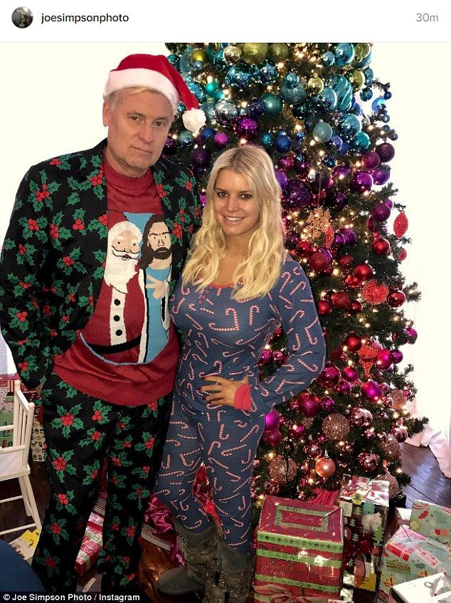 Jessica Simpson dons candy cane onesie in Christmas pic with dad Joe ...