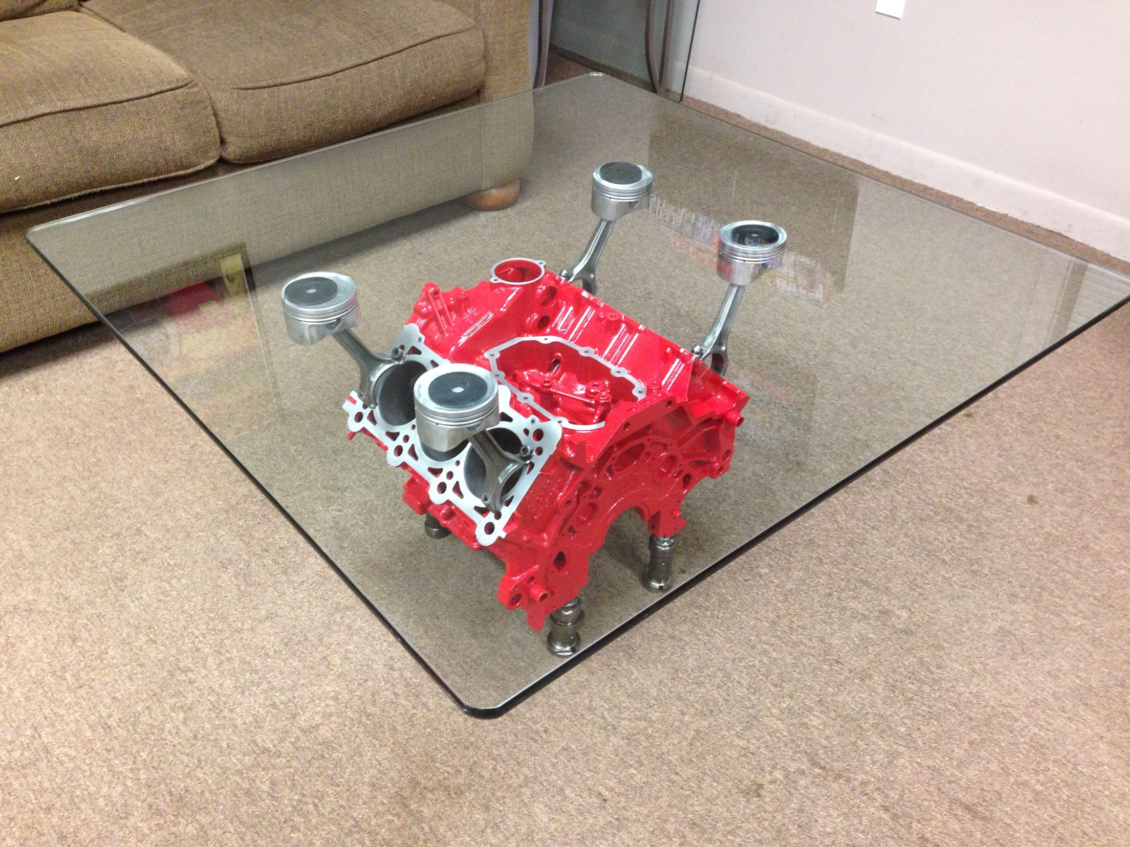 Couchtisch Motorblock Engine Block Coffee Table Made From An Audi 3 V6 Engine My