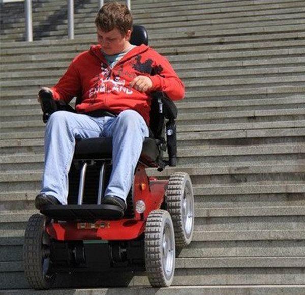 stair electric chair. pw-4x4 stair climbing wheelchair, all terrain 4 wheel drive power chair electric