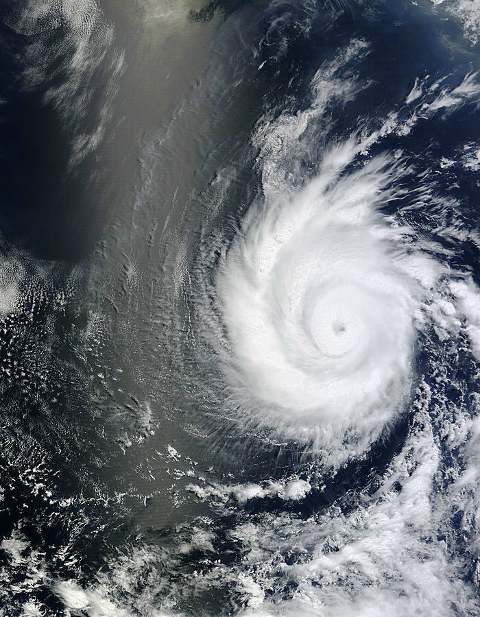"""This is Hurricane Emilia. She formed on July 9 in the Eastern Pacific. She and her """"twin"""" hurricane Daniel are staying away from land."""