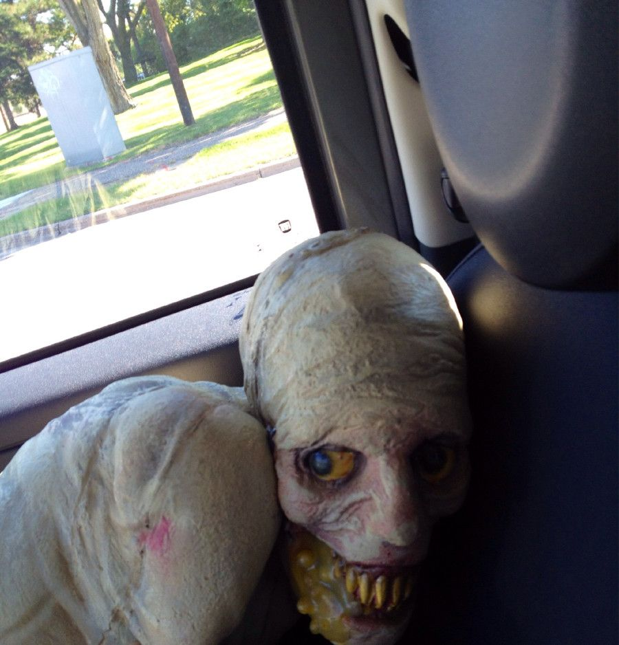 15 incredibly disturbing halloween decorations - Funny Halloween Decorations