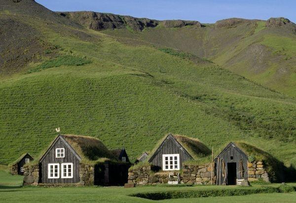 Las casas t picas de islandia en el museo de sk gar casas diferentes pinterest - Casas en islandia ...