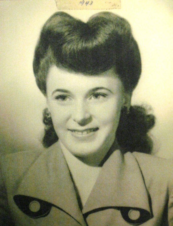 Hairstyle 1945 Oh My I M Vintage So Here S To My Growing Years