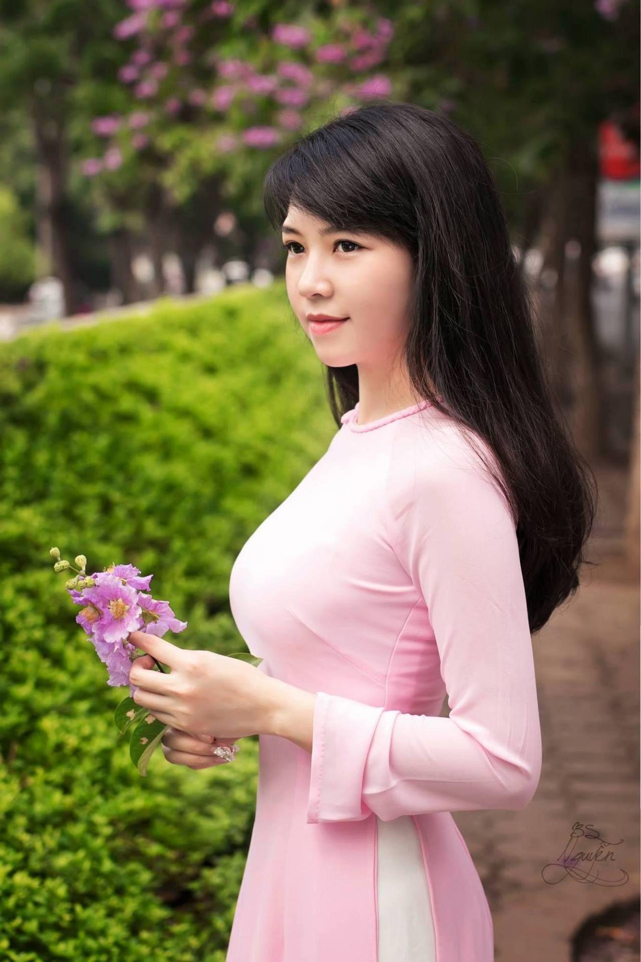 Pin by 亮広 清水 on アジア美人 pinterest ao dai asian woman