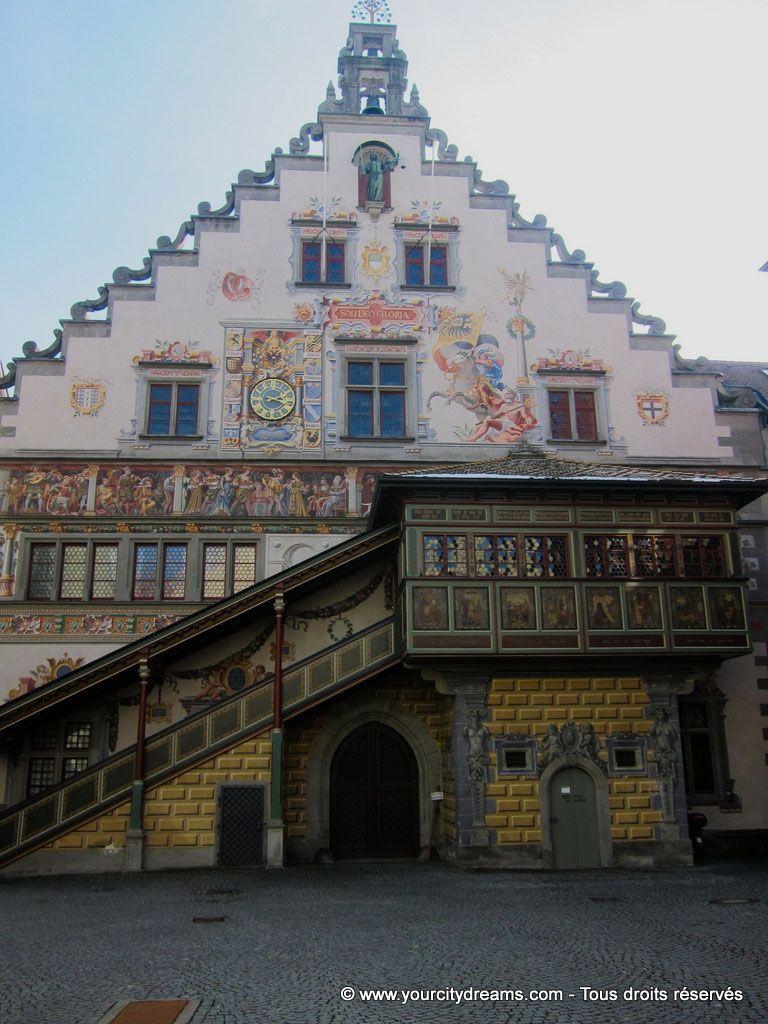 L'ancien hôtel de ville de Passau en Bavière sur le lac de