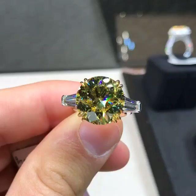 Diamond Buzz All About Diamonds Fine Jewellery Video Beautiful Rings Amethyst Jewelry Ring Diamond