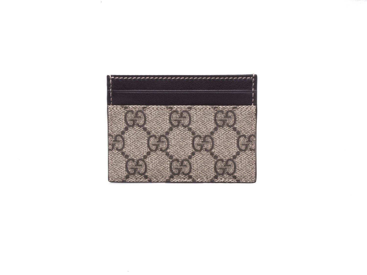 Gucci credit card holder in gg supreme beige elsa boutique gucci credit card holder in gg supreme beige elsa boutique magicingreecefo Images
