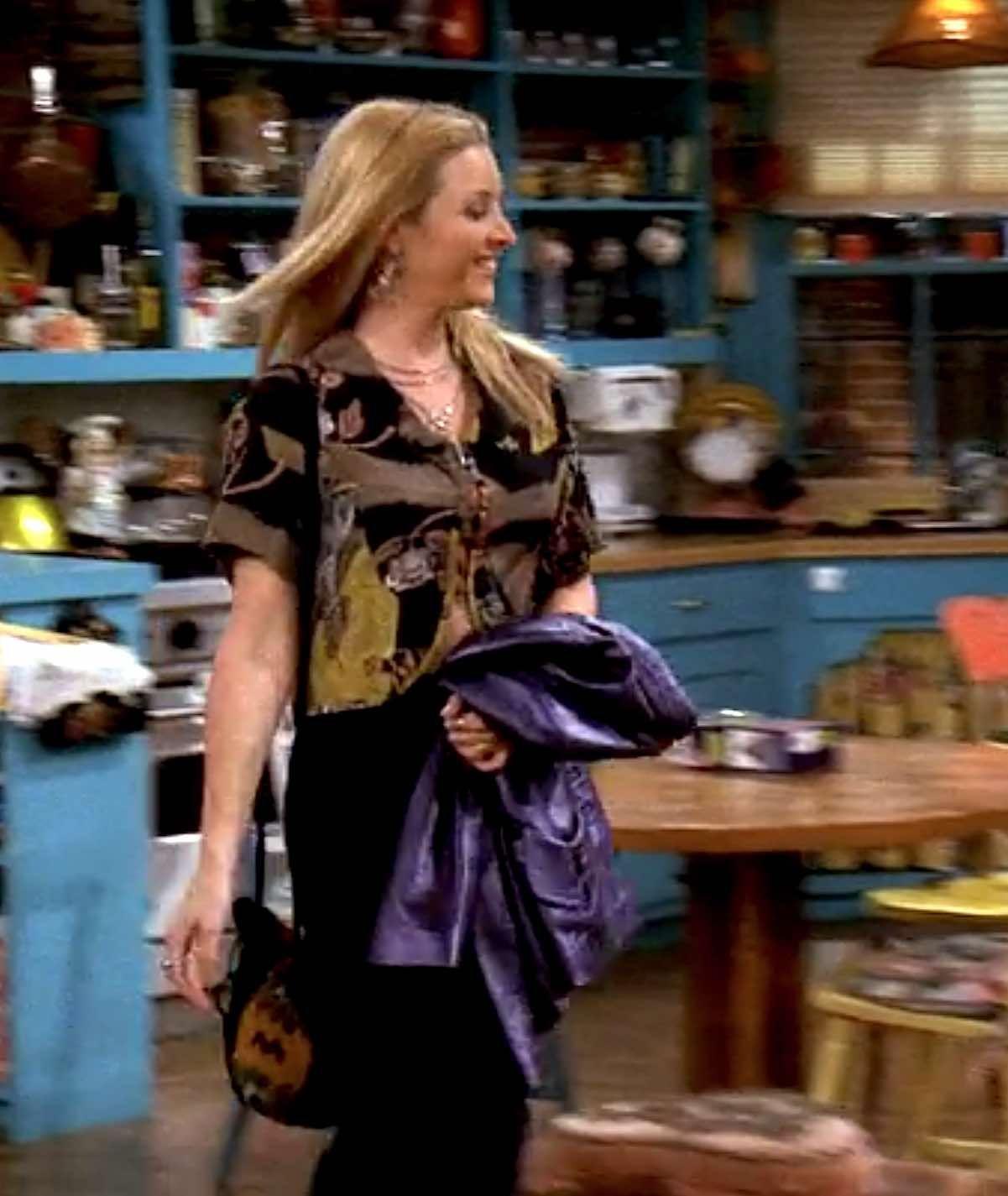 656 Outfits Phoebe Buffay Wore On Friends Fashion Paradoxes Phoebe Buffay Outfits Fashion Friends Fashion [ 1425 x 1201 Pixel ]