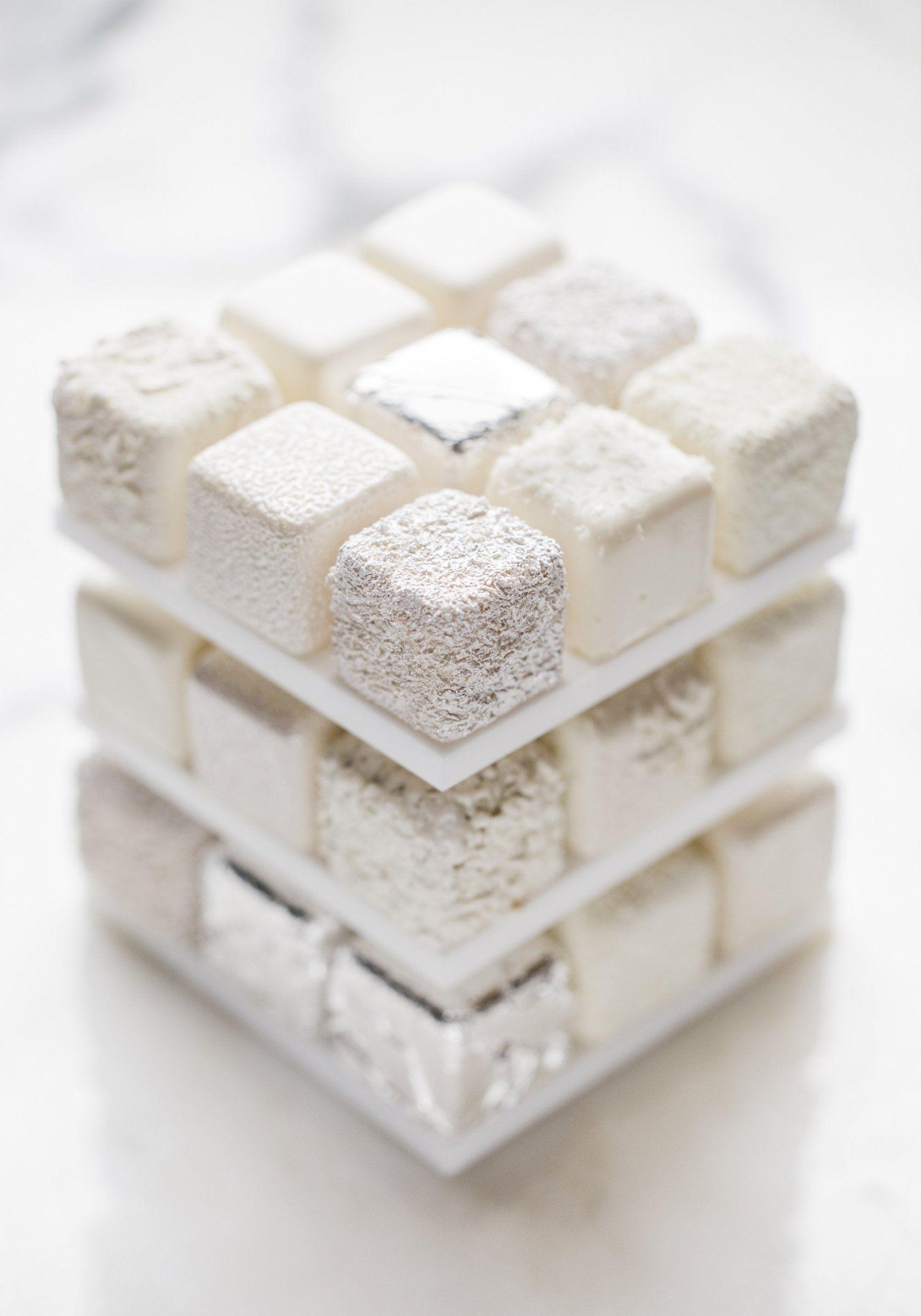 buche de noel 2018 marron chocolat Bûche de Noël Rubik's Cube   Hôtel Meurice en 5 cinq parfums  buche de noel 2018 marron chocolat