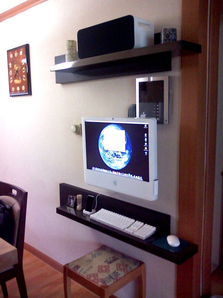 Im Mounting My Computer Like This  Wall Mounted Monitor And Keyboard And  Mouse On Bookshelf