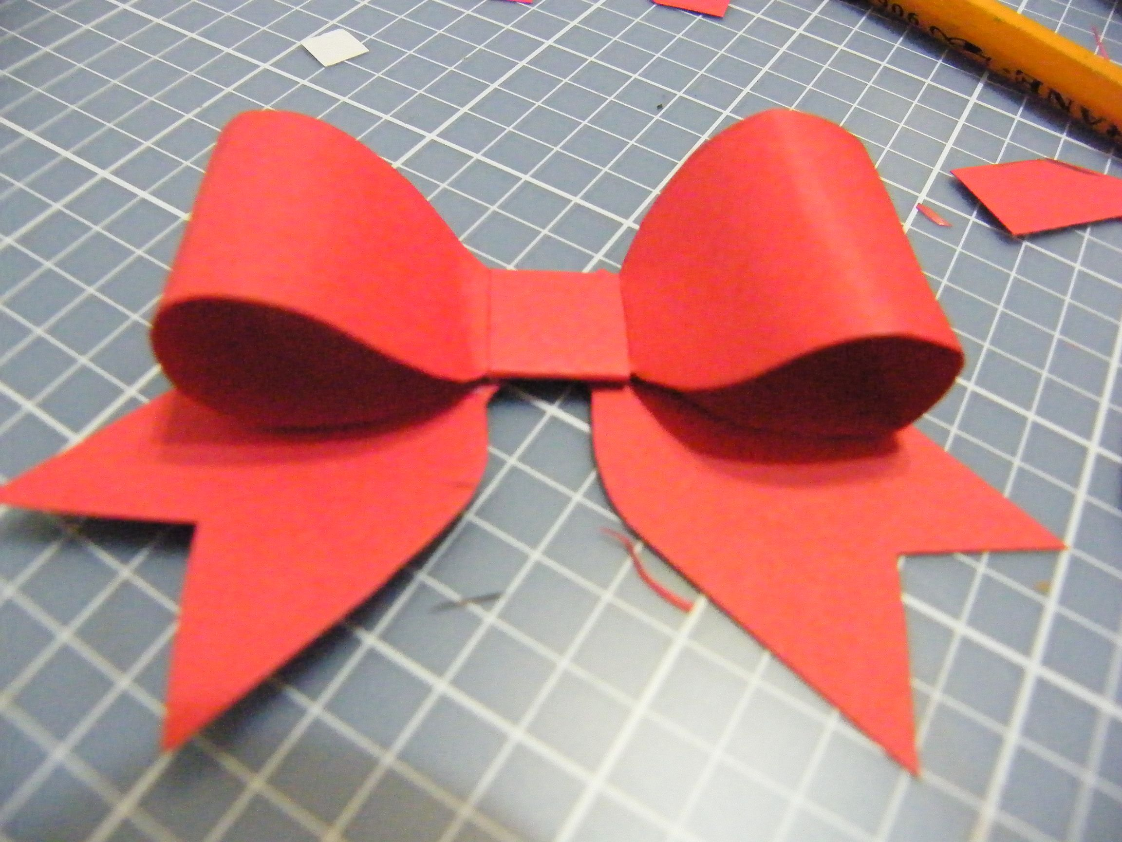 Making amazing paper bows paper bows scrapbook paper and scrapbook making amazing paper bows kristyandbryce Choice Image