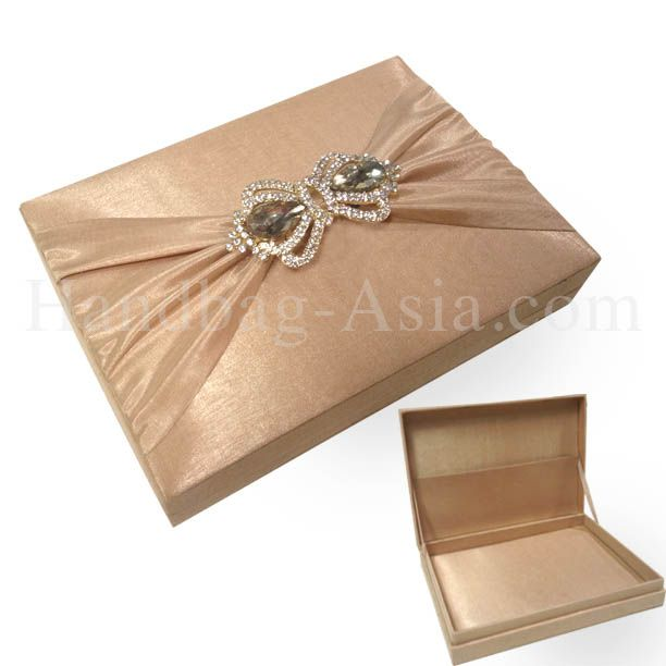 Cappuccino color thai silk wedding invitation box with crown pair cappuccino color thai silk wedding invitation box with crown pair brooches stopboris Images