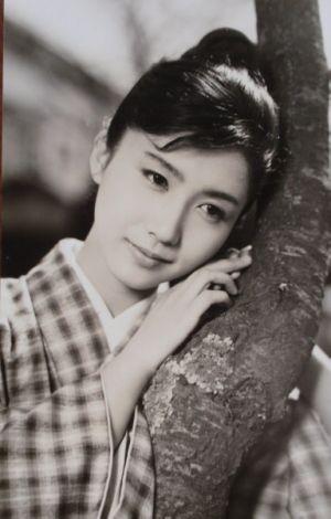 岩下志麻の若い頃もとても美しい