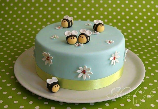 Sarahs Torten Und Cupcakes Blumen Und Bienen Zum 2 Geburtstag