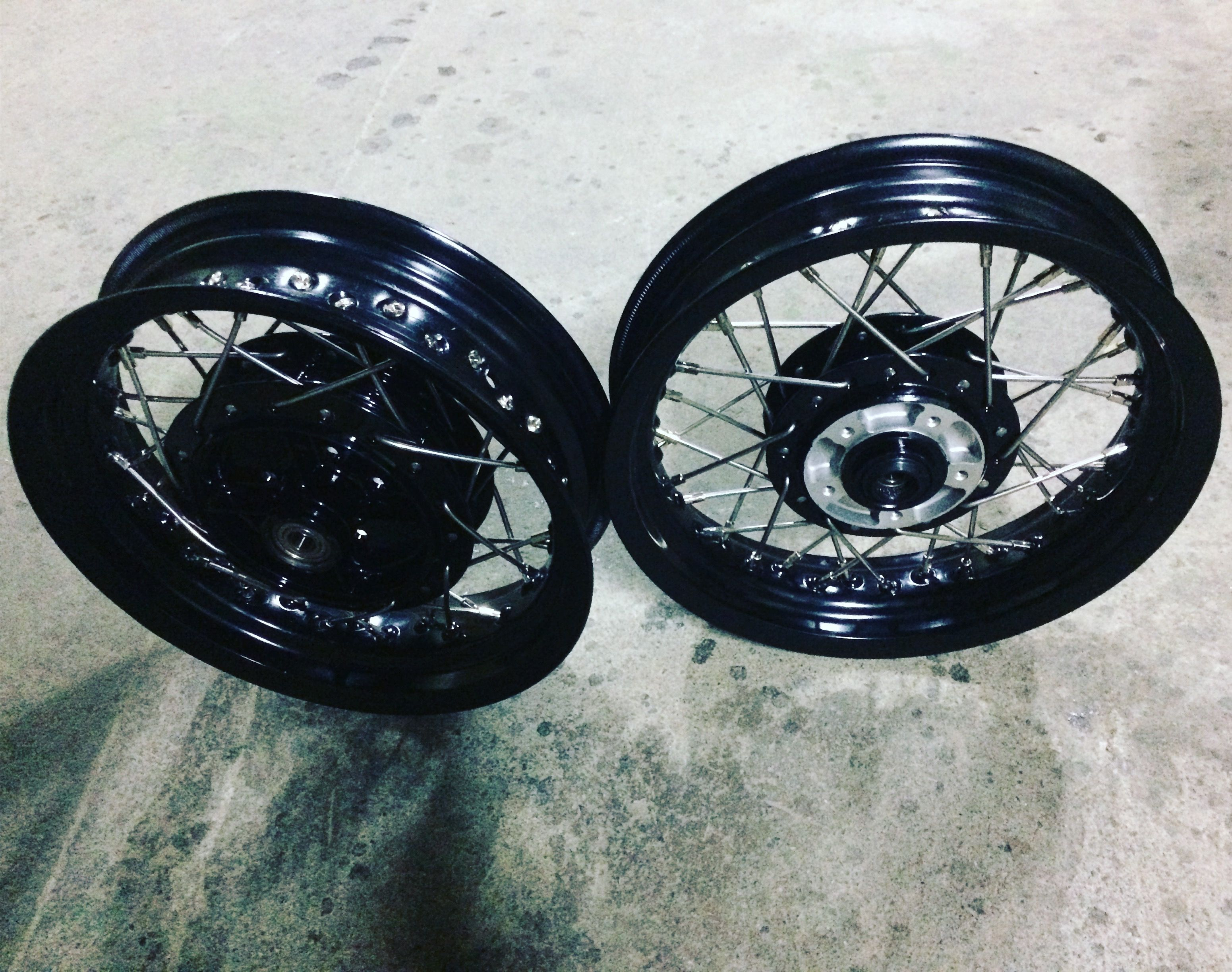 The Black Color Rim Is 12 Inches We Can Produce The Shortest Spoke Via Machines The Stainless Spoke Is 91mm And 101mm Motorcycle Color Rims Car Wheel Wheel