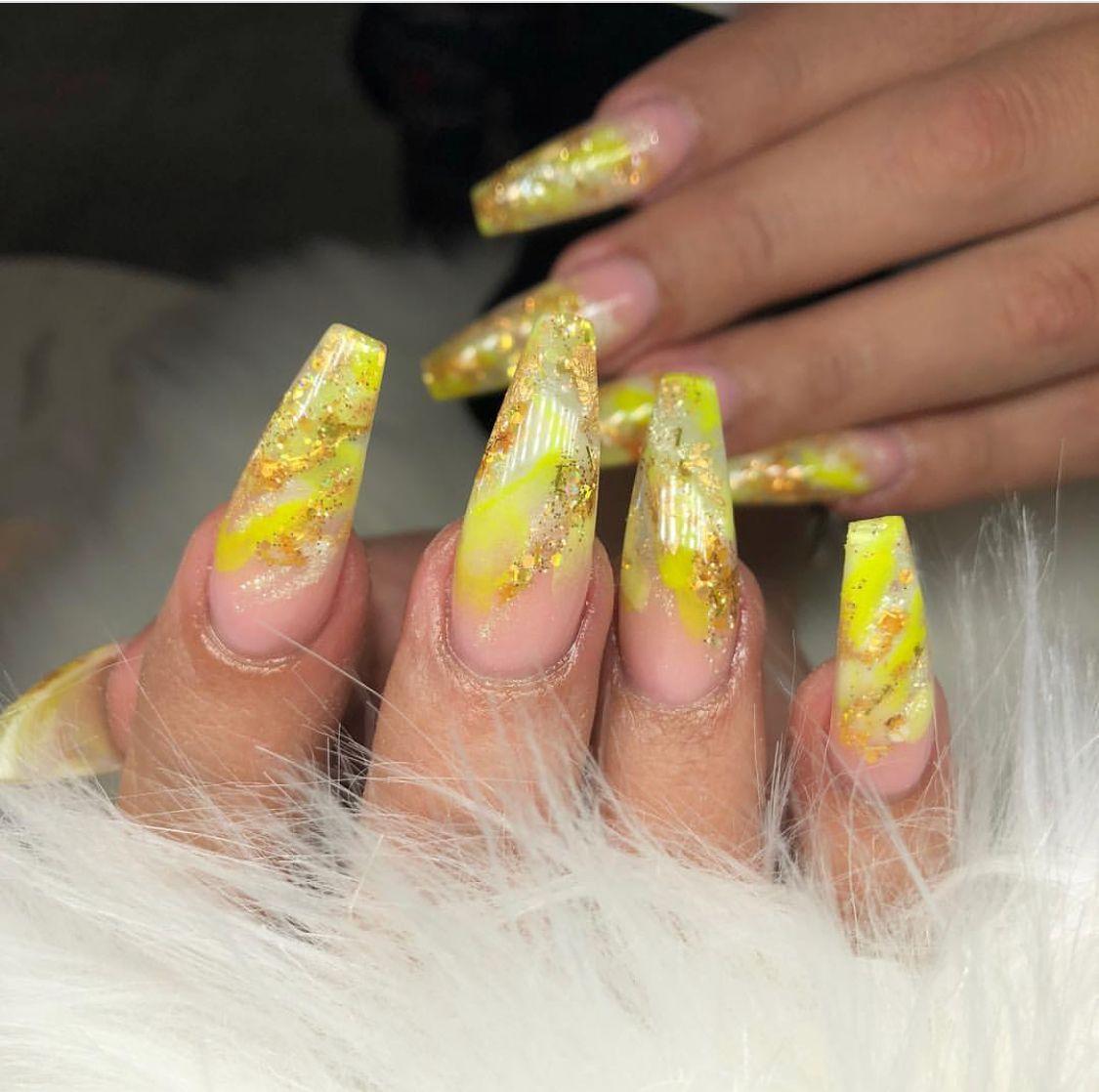 Pin uživatele Debra Grayson na nástěnce nail art   Pinterest