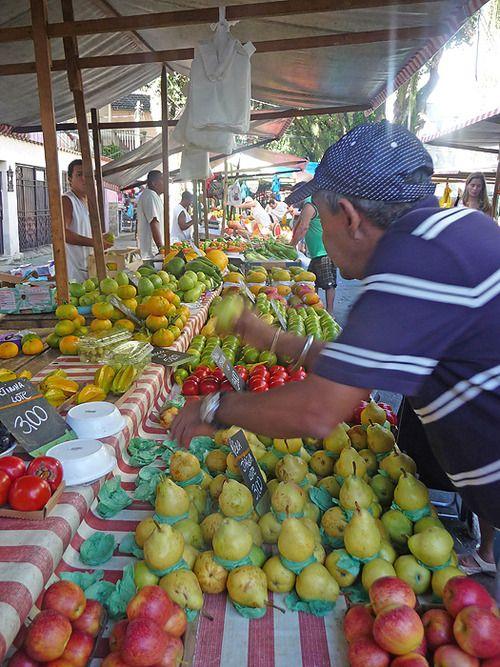 Botafogo street market - Rio de Janeiro, Brazil