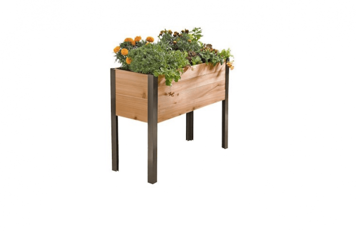 10 Easy Pieces Wooden Elevated Planters Wooden Garden Planters Wooden Planters Tall Planter Boxes