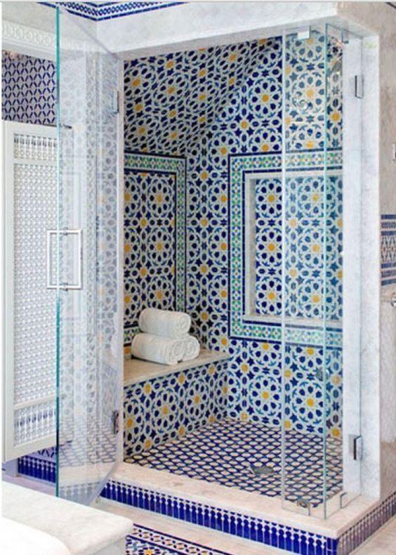 Ces Salles De Bains En Zellige Marocain Sont à Couper Le Souffle.