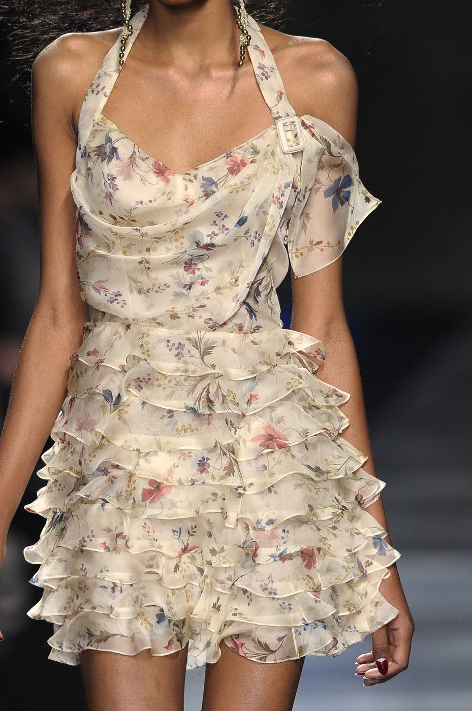 Photo of Christian Dior Fall 2010 Runway Pictures