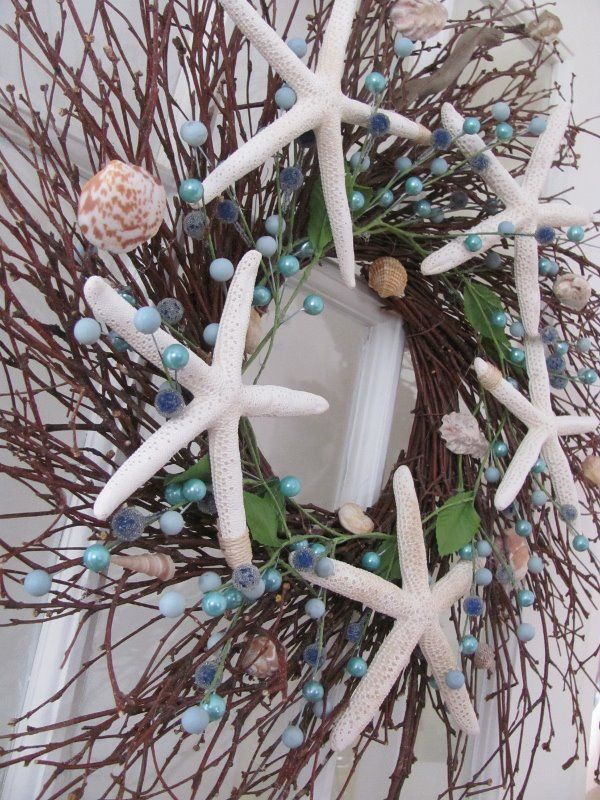 Diy beachy wreath guest post by two succulent sisters - Decorating a beach house on a shoestring ...