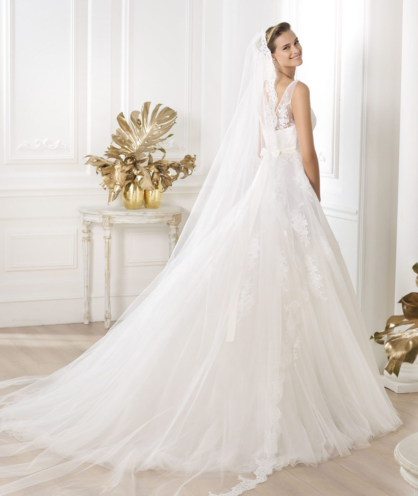 LAURIS_C.jpg (10×10)  Kleid hochzeit, Hochzeitskleid