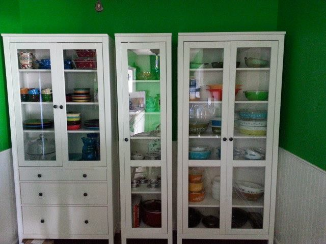 Genial White Ikea Hemnes Cabinets To Hold Fiestaware And Antique Pyrex Collection.