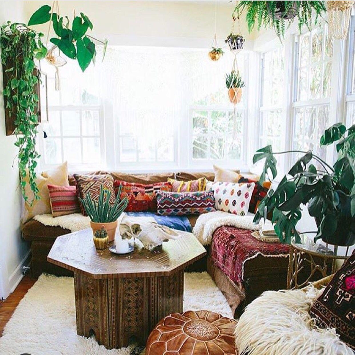 Easy like Sunday morning ⛅ #sundays #welcomehome #loungespot via ...