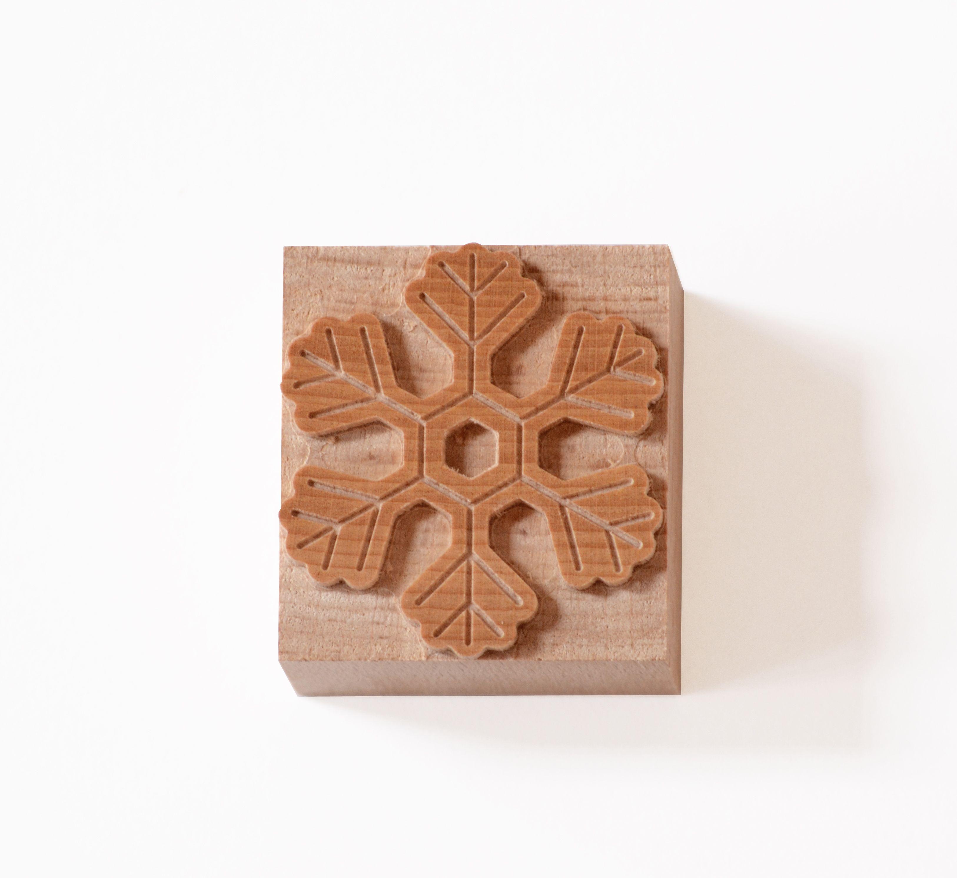 Snowflakes wood type