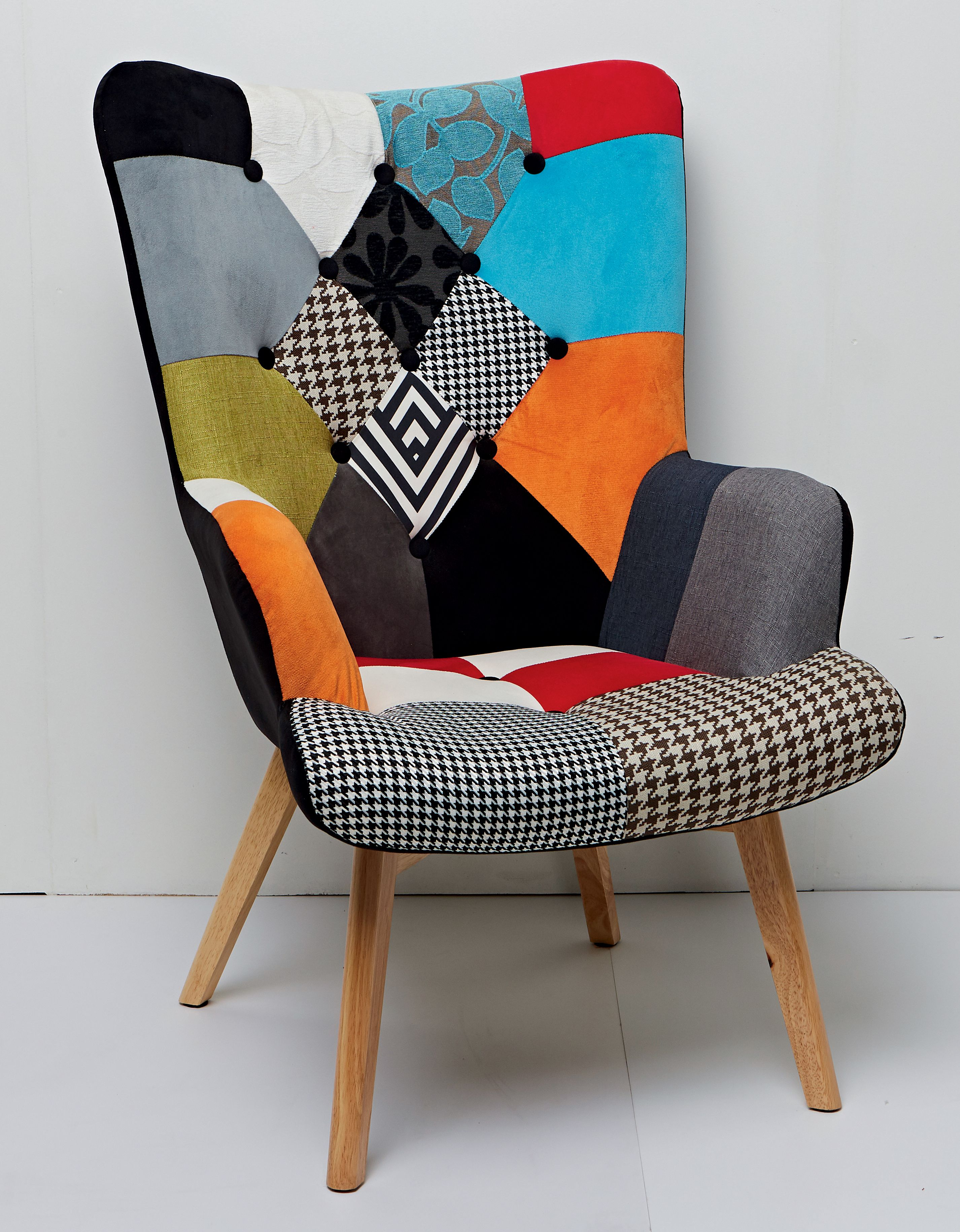 Le fauteuil patchwork  Fauteuil patchwork, Déco maison, Fauteuil