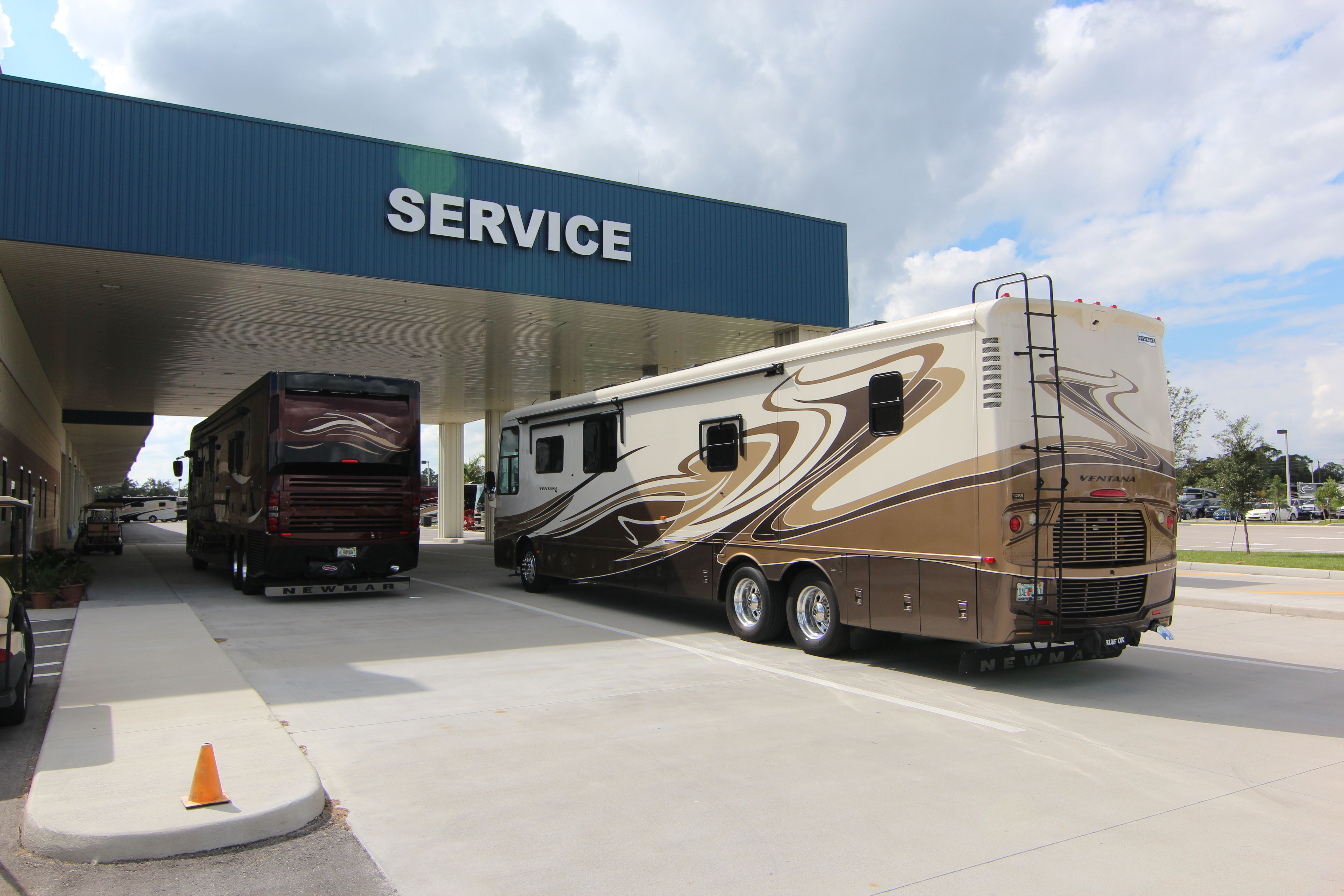North Trail RVs new service center with great customer