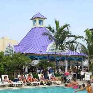Plim Plaza Pool Ocean City Ocean City Md Hotels Ocean City Md