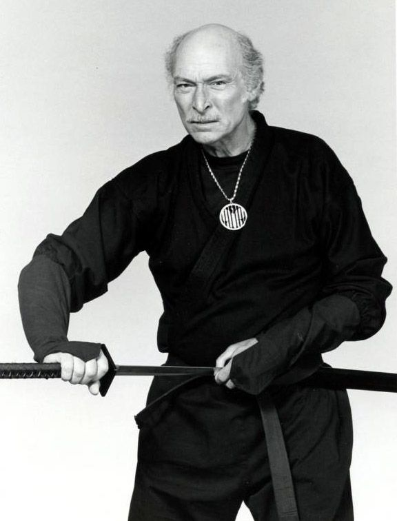 John Peter McAllister (Lee Van Cleef)