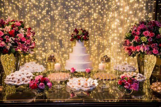 casamento Mesa de bolo iluminado