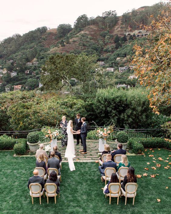 42a3da3edb2dfff944d7302ff8bfbe4c - Fernbrook Gardens Wedding Package Rates 2018