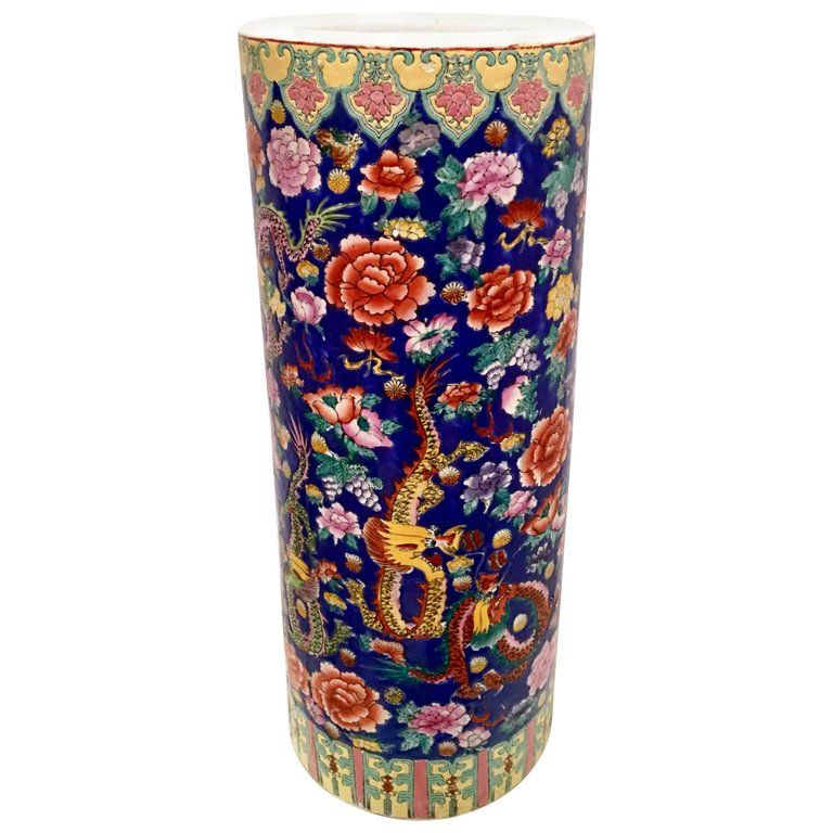 1stdibs Vase Famille Dragon Umbrella Stand Chinese Chinese Export Porcelain Enamel Paint Umbrella Stand Porcelain Umbrella