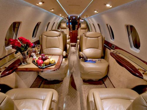 How Much Does It Cost To Own And Operate A Citation Sovereign Ce 680 You Should Expect An Annual Budget B Luxury Private Jets Private Jet Private Jet Interior