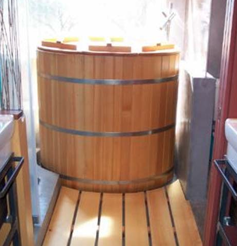 japanese cedar soaking tub. japanese soaking tub  Google Search Bath Pinterest Japanese
