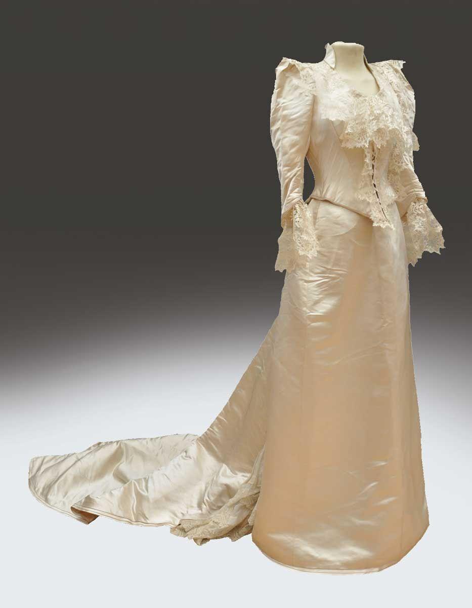 Connu Jacques Doucet (1853-1929), robe de mariée en satin duchesse, vers  TK48