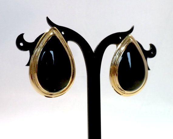 Black Teardrop Earrings Teardrop Clip by BunnyFindsVintage on Etsy